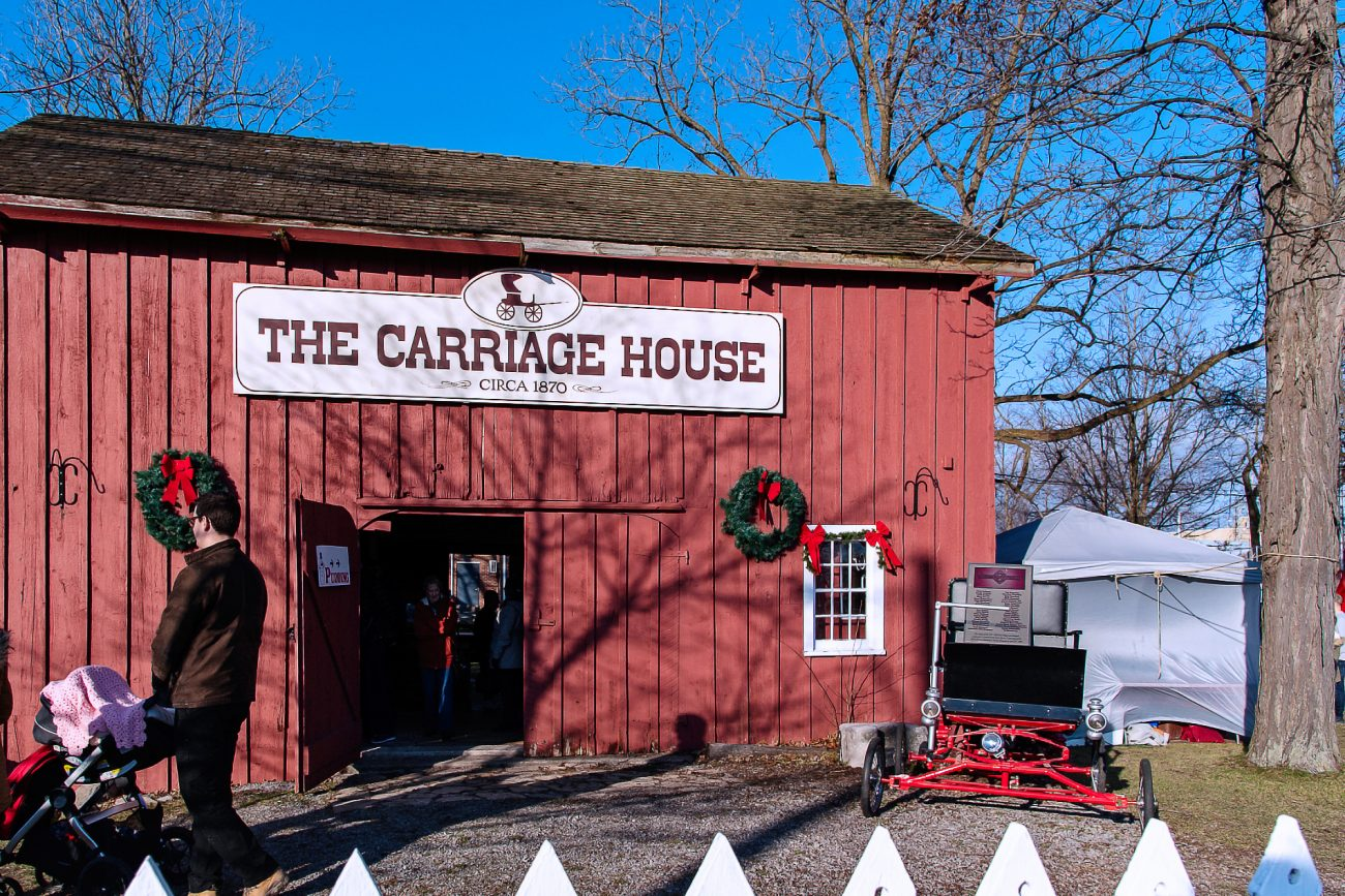 The carriage house, Port Colborne, Christmas
